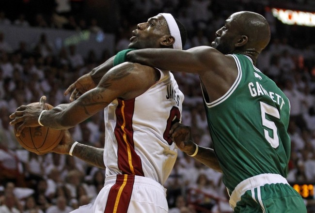 93650-miami-heats-lebron-james-is-fouled-by-boston-celtics-kevin-garnett-dur_crop_650x440