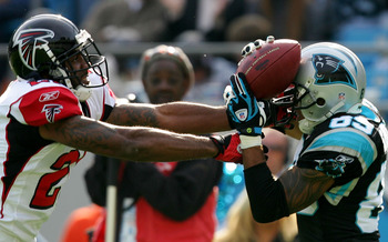 DeAngelo Hall and Steve Smith Battling for the ball back when Hall was with Atlanta
