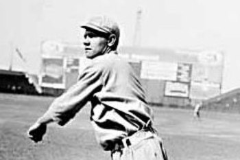 Babe_ruth_pitching_display_image