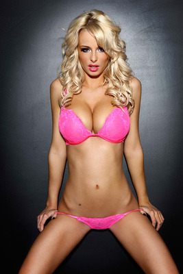 Rhiansugden1_display_image