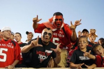 Texas-tech-fans-300x200_display_image