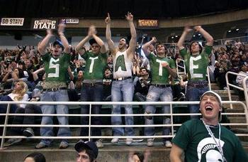 Michigan_state_fans-9767_display_image