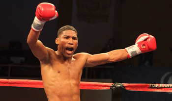 Yuriorkis Gamboa celebrates another knockout
