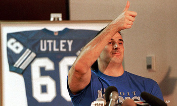 http://mit.zenfs.com/209/2011/09/utley-thumbs-up.jpg