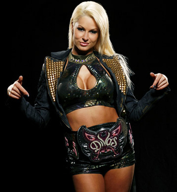 Wwe_maryse-13990_display_image