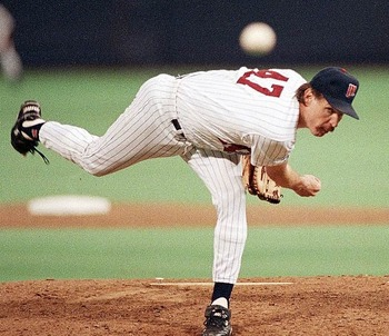 Jack Morris hurls the Twins to a World Series Ring