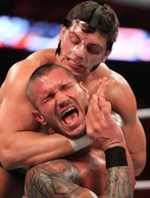 Cody-rhodes-vs-randy-orton-1_display_image