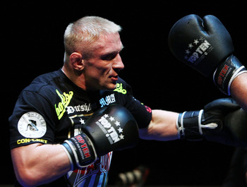 Dennis Siver will be looking to land his patented spinning back kick!
