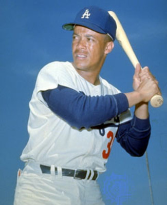 Maurywills_display_image