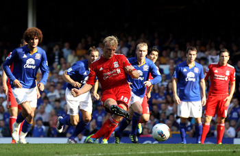Kuyt misses a rare penalty against Everton