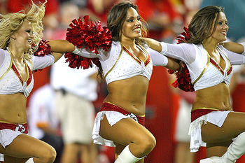 Ss_nfl_10_best_cheerleading_squads_chiefs_display_image