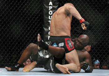 Ufc118-couture-toney_display_image