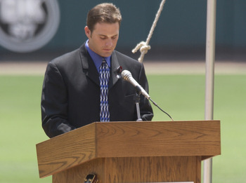 Matheny played an important role in helping the team cope with Darryl Kile's death in 2002.