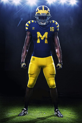 Michigan-under-the-lights-uniform_display_image
