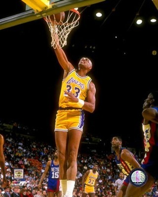 Kareem_abdul_jabbar_dunk_display_image