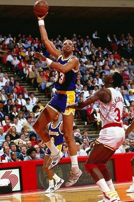Kareem-abdul-jabar-sky-hook1_display_image