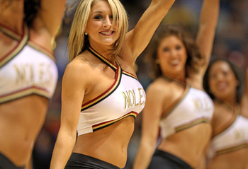 Noles_cheerleaders120310_display_image