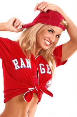 34sexy-texas-rangers-fan-1_display_image