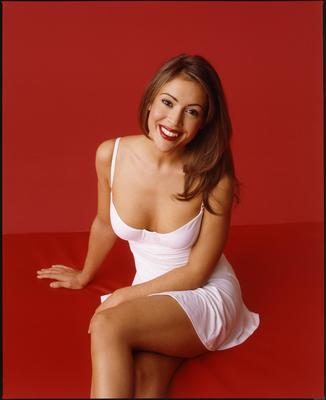 29alyssa_milano_12_display_image