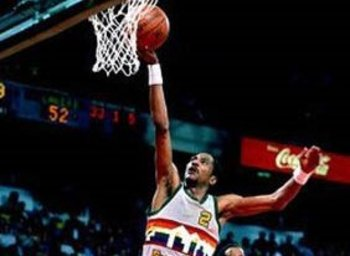 Alex English lays it up against the Lakers in the WCF.