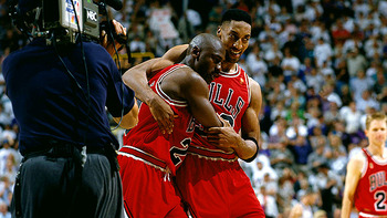 Michaeljordanscottiepippen_display_image