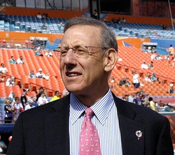 MIAMI, FL - JANUARY 4:  New owner Stephen Ross watches warmups as the Miami Dolphins host the Baltimore Ravens in an NFL Wildcard Playoff Game at Dolphins Stadium on January 4, 2009 in Miami, Florida.  (Photo by Al Messerschmidt/Getty Images)