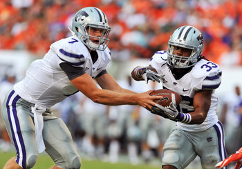 Collin Klein and John Hubert executing the option read against the Miami Hurricanes.