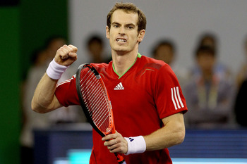 Andy Murray, playing the final of Shanghai Masters 1000, in October 2011