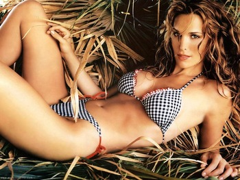 17mollysims-li_display_image