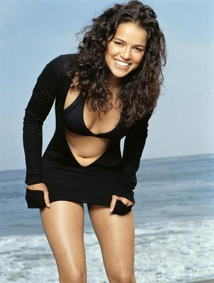 21michellerodriguez-o_display_image