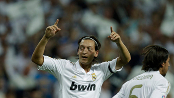 Feature-mesut-ozil_display_image