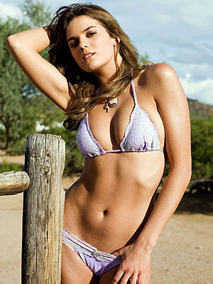 Yesica_toscanini_202_display_image
