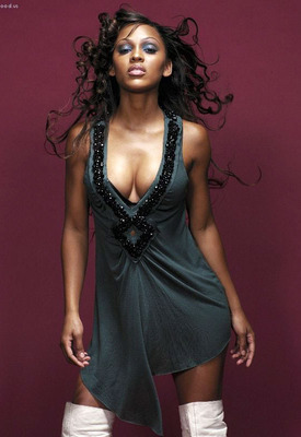 Saw-5-meagan-good-2_display_image