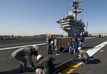 Uss-carl-vinson-to-host-inaugural-quicken-loans-carrier-classic-basketball-game-aboard-ships-flight-deck_display_image