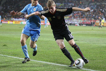 Kroos looks to player with the potential to be a complete midfielder in the future