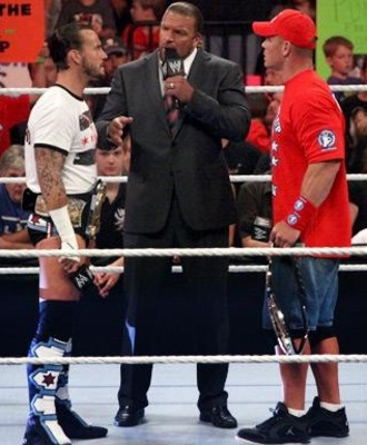 Triple-h-makes-undisputed-wwe-championship-match-between-cm-punk-and-john-cena_display_image