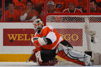 Michael Leighton performing under pressure on April 22, 2011 against the Buffulo Sabres.