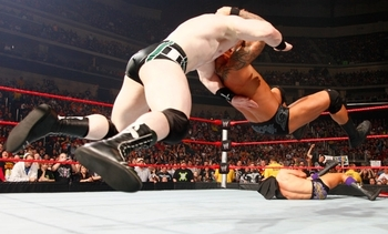 Randy-orton-hits-rko-to-sheamus-1_display_image