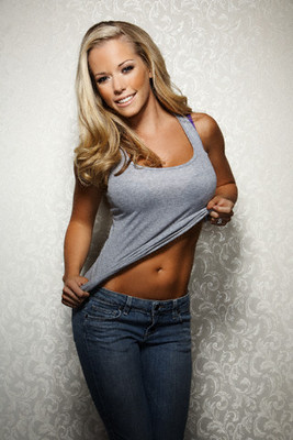 Kendra Wilkinson--jsquared-photo-shoot-1008096_display_image_display_image