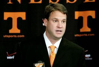 010209lane-kiffin_t60011_display_image