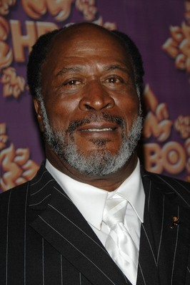 Johnamos_display_image