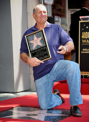 Ed-oneill-walk-of-fame-star-getty_display_image
