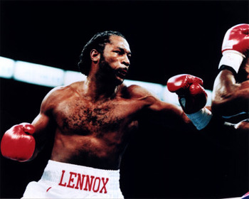 Lennox_lewis_in_ring_photofile_display_image