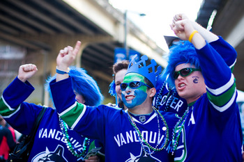 Vancouver-canucks-fans_display_image