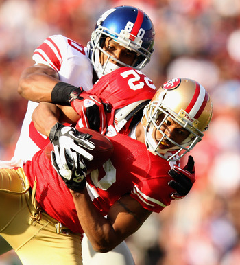 Carlos Rogers intercepted Eli Manning twice in the Niners' win over the Giants.