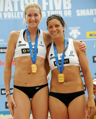 14mistymayandkerriwalsh_display_image