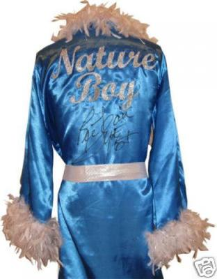 Ric-flair-autographed-wrestling-robe-125-t362332-500_display_image