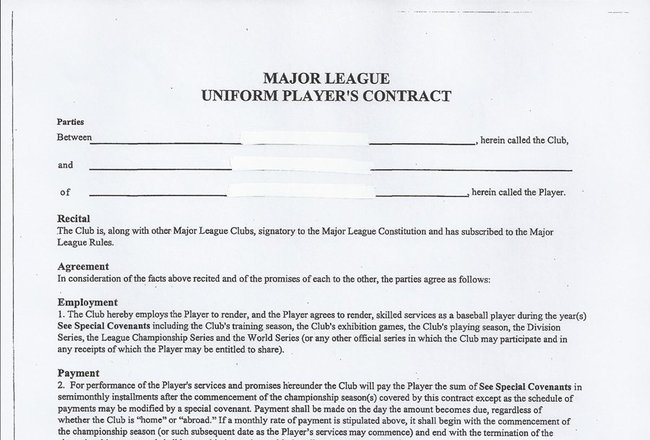 Uniform-major-league-baseball-contract_crop_650x440