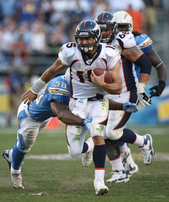 SAN DIEGO, CA - NOVEMBER 27:  Quarterback Tim Tebow #15 of the Denver Broncos runs the ball against the San Diego Chargers during the Broncos 16-13 overtime win in their NFL Game on November 27, 2011 at Qualcomm Stadium in San Diego, California  (Photo by