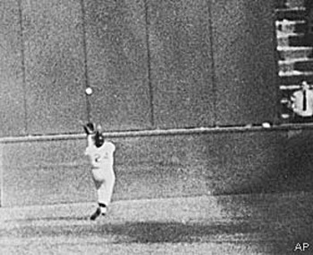 Willie_mays_54ws_catch_display_image